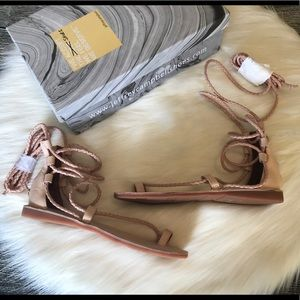 Jeffrey Campbell Gladiator Sandals Size 8 Leather